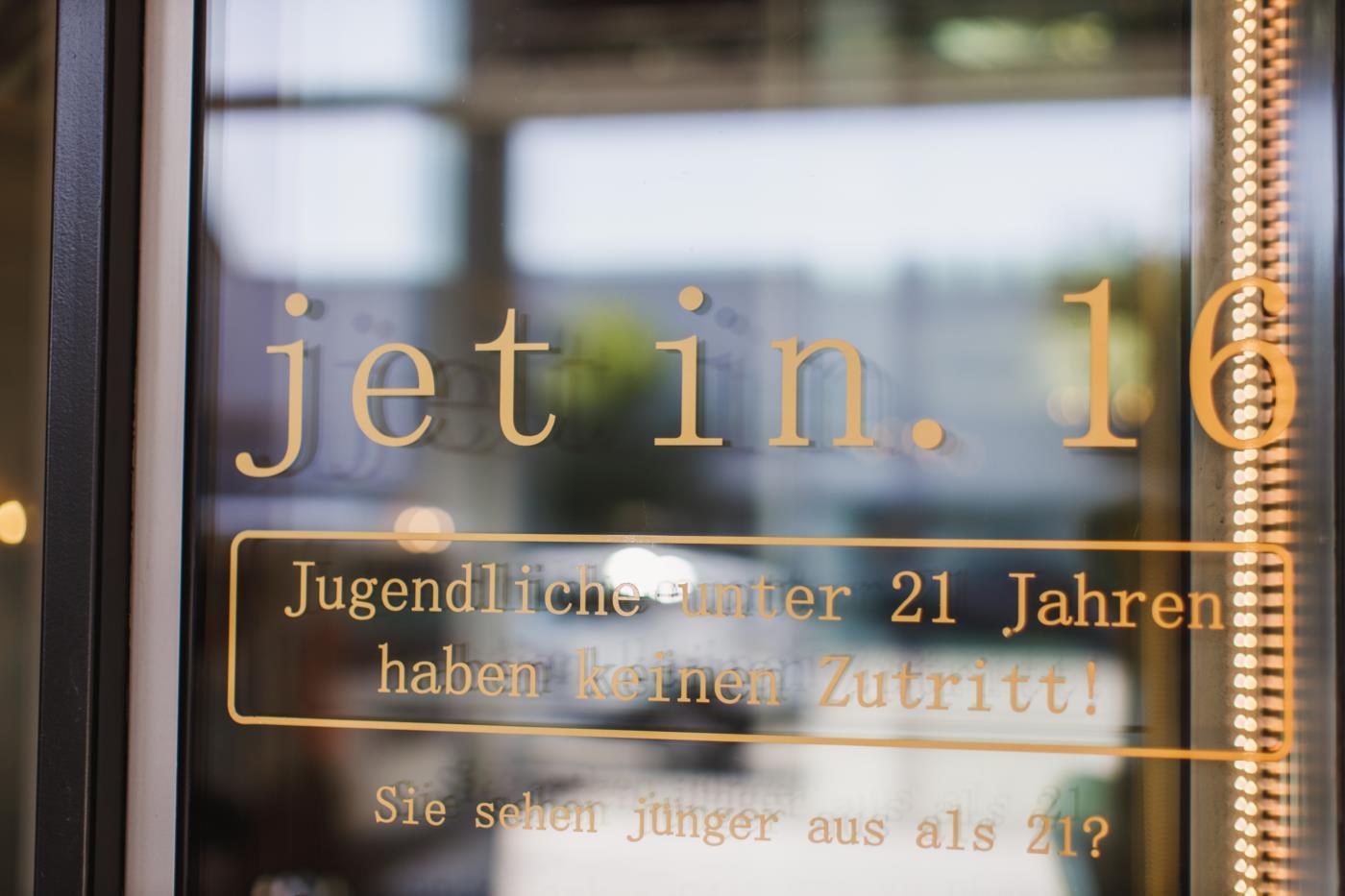 jet in.16
